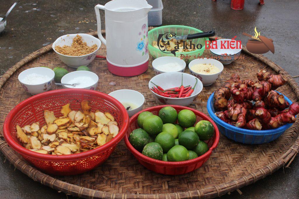 16 loại gia vị trồng ngay tại quê làm nên hương vị đặc biệt của món cá kho làng Vũ Đại